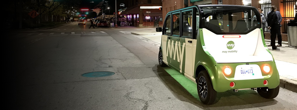 May Mobility vehicle in downtown Detroit